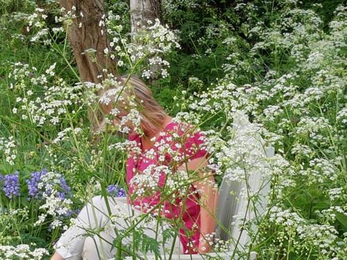 Tessa in Wild Flowers